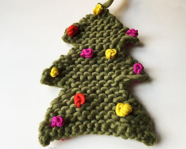 Cómo tejer un mini árbol de Navidad